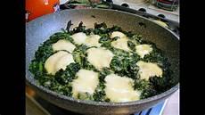 come cucinare gli spinaci come contorno spinaci filanti con mozzarella e grana tipo 4 salti in