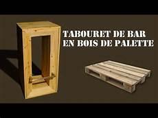 tabouret de bar en bois de palette