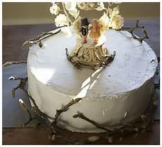 diy rustic twiggy wedding cake anniebeedyphoto
