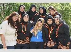 The new Scout uniform for Muslim girls   Daily Mail Online