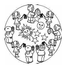 Ausmalbilder Herbst Laterne Ausmalbild Kindergarten Kinder Beim Laternenumzug