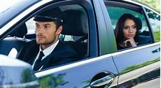 louer une voiture avec chauffeur la solution pour se