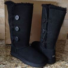 ugg bailey button triplet black boots us 10