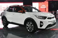 Auto Expo 2018 Kia Stonic Crossover Suv Makes Its India