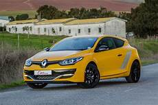 Renault Megane Rs 275 Trophy 2015 Review Cars Co Za