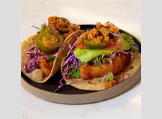 crispy corn and beer battered fish tacos_image