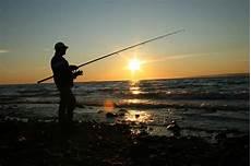 Cing Pino Mare - una vita per il mare il mestiere pescatore a napoli