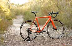 gravel bike reifen cannondale superx se 1 2018 gravel bike review