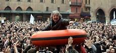 Elections Italiennes 5 233 Toiles 224 Un Pas Du Pouvoir Des