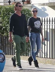 gavin rossdale and thomalla fuel engagement rumours