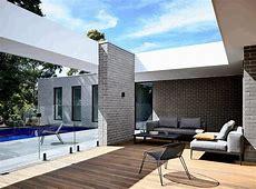 L Shaped Modern House in Melbourne by InForm Design