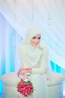 37 Inspirasi Baju Ke Pesta Pernikahan Muslimah Ragam Muslim