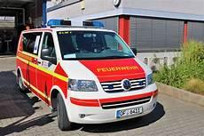 vw neu isenburg deutschland einsatzleitfahrzeuge fotos fahrzeugbilder de