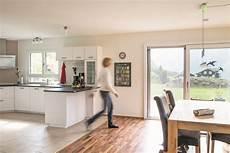 Wohnzimmer Mit Offener Küche - offene k 252 che wei 223 mit esstisch wohnideen interior design
