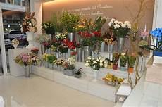 negozio fiori arredamento in legno per negozio di fiori fadini mobili