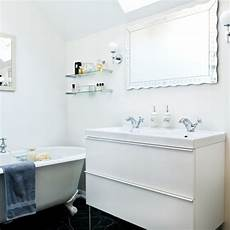 traditional white bathroom period decorating ideas