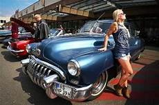 Us Car Harley Treffen Chrom Chrysler Und Cheeseburger