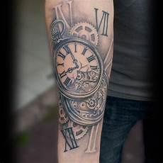 tatouage montre a gousset avant bras tatouage hiboux avant bras cochese