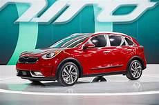 2017 Kia Niro Hybrid Achieves An Estimated 50 Mpg Combined