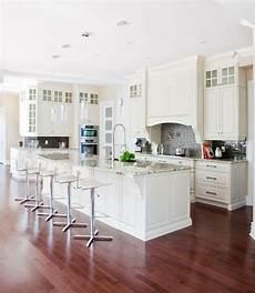 farbe für küche billige k 252 che backsplash fliesen wei 223 en backsplash u bahn fliesen welche farbe der bodenbelag