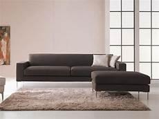 divanetti moderni divano dalle forme pulite design moderno