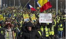 manifestation clermont ferrand gilets jaunes 2500 manifestants 224 clermont ferrand des