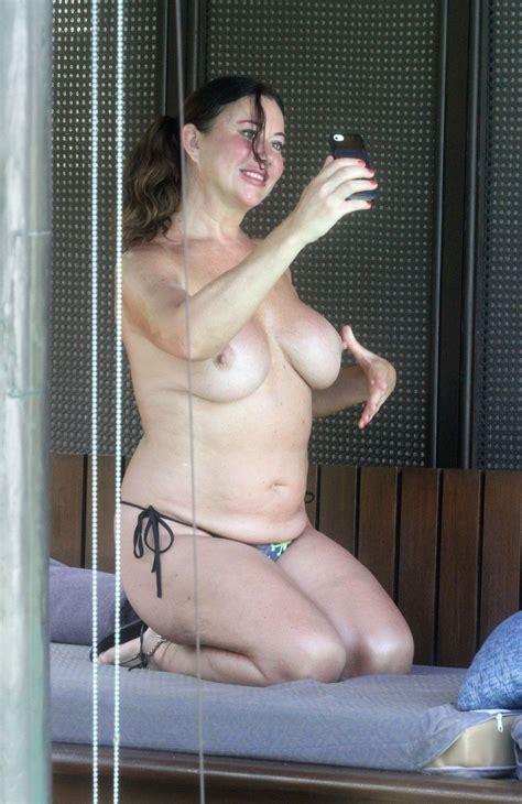 Search Celebrity Nude