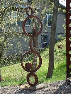 kovove umeni ve sterku a vegetaci jim welding