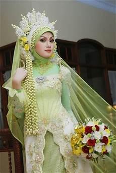 Contoh Model Gaun Pengantin Muslim Adat Jawa Masa Kini