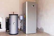 Luft Wasser Wärmepumpe In Garage by Viele Hausbesitzer Setzen Auf Eine Kombination Aus