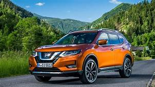 Nissan X Trail SUV 2020 Review  Carbuyer