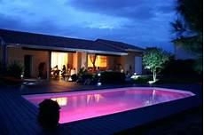 eclairage terrasse piscine eclairage piscine led couleur
