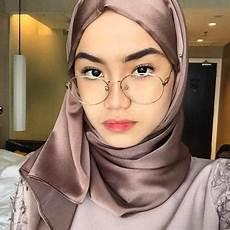 Contoh Jilbab Kaca Cara Memakai Jilbab Segi Empat Modern