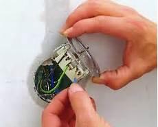 gira schalter ausbauen steckdose einbauen elektro leuchten selbst de