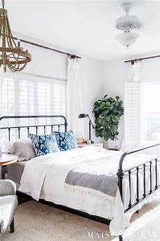 White Simple Master Bedroom Ideas by Simple Master Bedroom Decorating Ideas For Maison