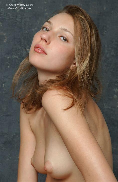 Pornoy Topless Models