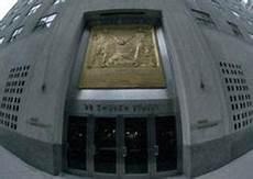 sedi banco popolare per 21 banche italiane rischio declassamento da moody s