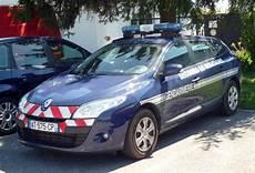 voiture de gendarmerie les voitures de la gendarmerie nationale au fil du temps
