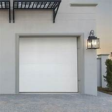 Porte De Garage Séquentielle Porte De Garage Sectionnelle Pr 233 Mont 233 E Lisse Blanche