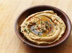 how to make israeli style hummus serious eats