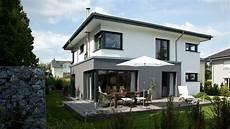 moderne hausfassaden fotos haus freiberger schicke villa mit modernem anbau baumeister haus 174