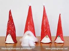 pappmaschee figuren einfachen weihnachtsmann basteln