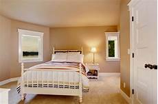 da letto semplice da letto senza finestre immagine stock immagine