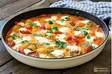 gerichte mit tomaten gnocchi mit tomatenso 223 e und mozzarella food inspiration