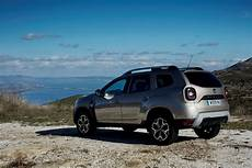 dacia duster essentiel 2018 new 2018 dacia duster gets reviewed the next level is here