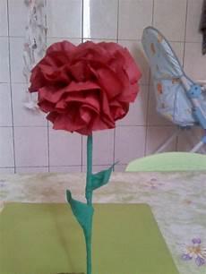 fleur papier crepon activite manuelle fleurs crepon