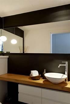 Waschtisch Für Bad - sch 246 nes bad mit waschtisch aus holz und schwarzer