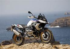 bmw 1250 gs 2019 bmw r 1250 gs and r 1250 rt both get shiftcam engine