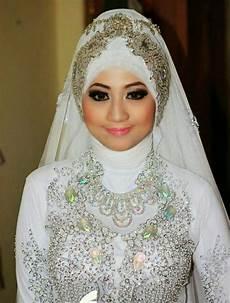 Pin Oleh Hn Di Muslim Inspirasi Kerudung Pengantin