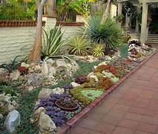 Idée D Allée De Jardin 1001 Id 233 Es Et Conseils Pour Am 233 Nager Une Rocaille Fleurie